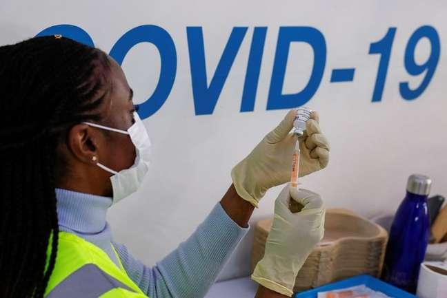 Centro de vacinação contra a Covid-19 no Reino Unido 10/02/2021 REUTERS/Andrew Couldridge