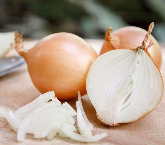 O último corte da cebola representa quantos quilos você deseja perder! (Shutterstock)