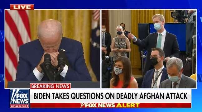 O momento de estresse entre o presidente dos EUA e o repórter Peter Doocy