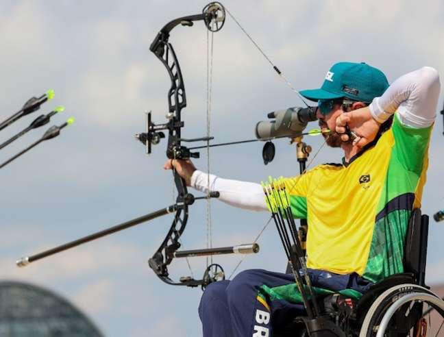 Andrey de Castro foi eliminado do tirco com arco individual nas Paralimpíadas (Foto: Matsui Mikihito/CPB)