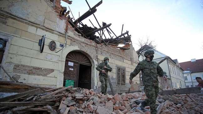 O terremoto de magnitude 6,4 que danificou cidades no nordeste da Croácia foi o mais forte a atingir o país em 40 anos