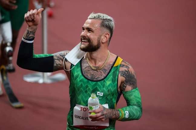 Vinícius Rodrigues quebra recorde e vai à final dos 100m T64 (Foto:: Rogério Capela/CPB/Divulgação)