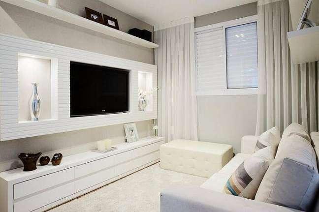 6. Decoração de sala planejada pequena apartamento. Projeto de Sesso Dalanezi Arquitetura