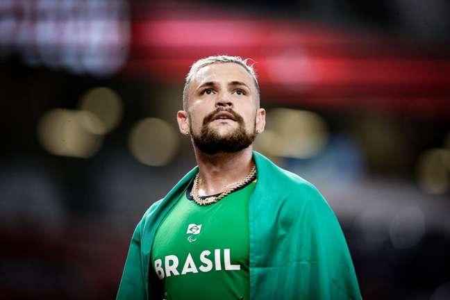 Vinícius Rodrigues ficou com a prata nos 100m nos Jogos Paralímpicos (Foto: Wander Roberto/CPB)