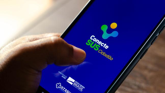 No Brasil, aplicativo ConecteSUS poderia ser usado com passaporte da imunidade, já que reúne as informações de vacinação do usuário
