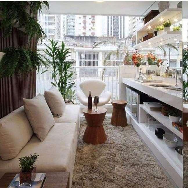 53. Tipos de sofás para decoração de sala pequena de apartamento – Foto: Chris Silveira