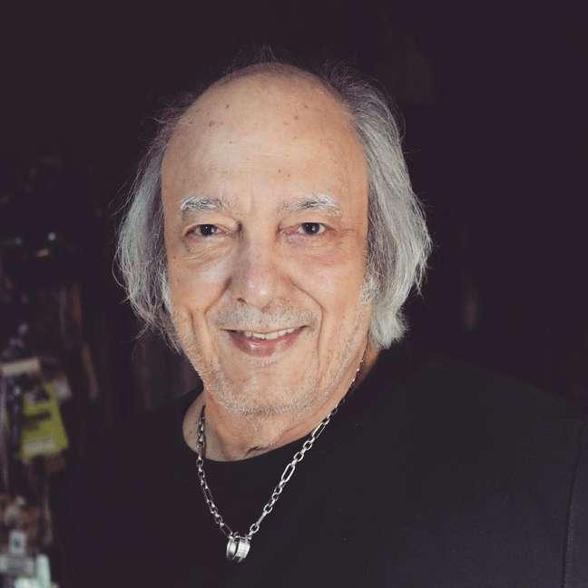 O cantor Erasmo Carlos, de 80 anos, foi internado no Rio com covid-19