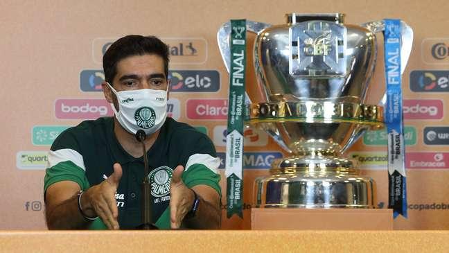 Abel Ferreira conquistou a Copa do Brasil e a Libertadores como técnico do Palmeiras