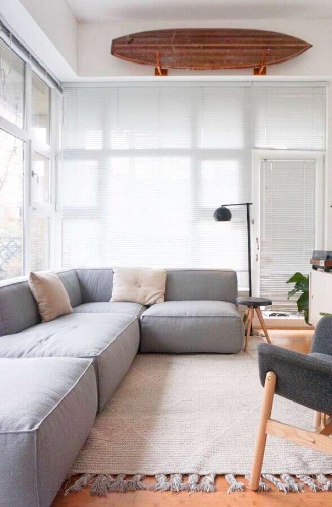 12. Tipos de sofás de canto para decoração de sala minimalista – Foto: Decor Fácil