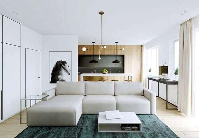 20. Tipos de sofá com chaise modulado para decoração de sala moderna conceito aberto – Foto: Behance