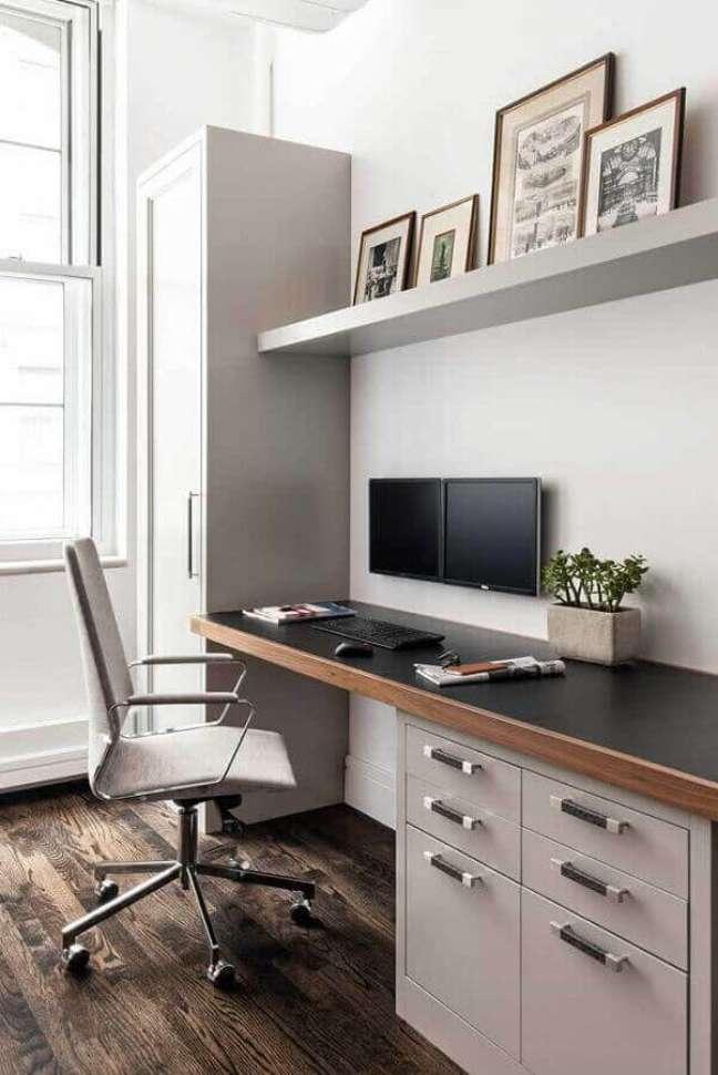 36. Modelo de escritório pequeno decora com cores neutras. Foto: Archzine