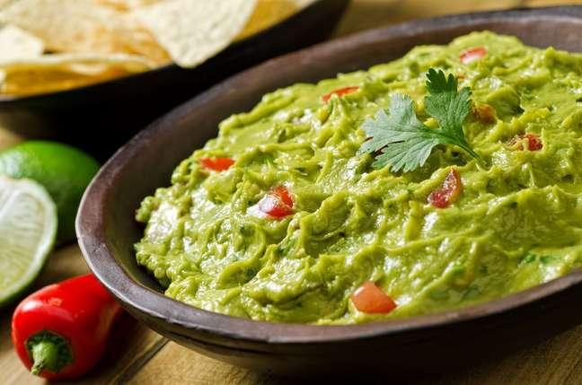 3. Faça guacamole para servir de aperitivo – Foto iStock