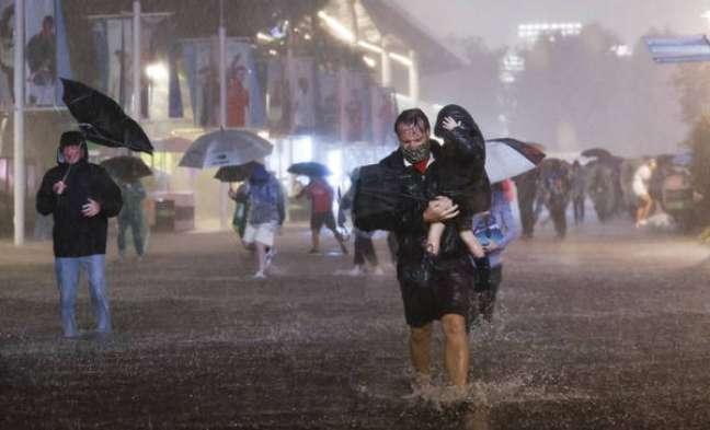 Inundações em Nova York por conta da tempestade tropical Ida