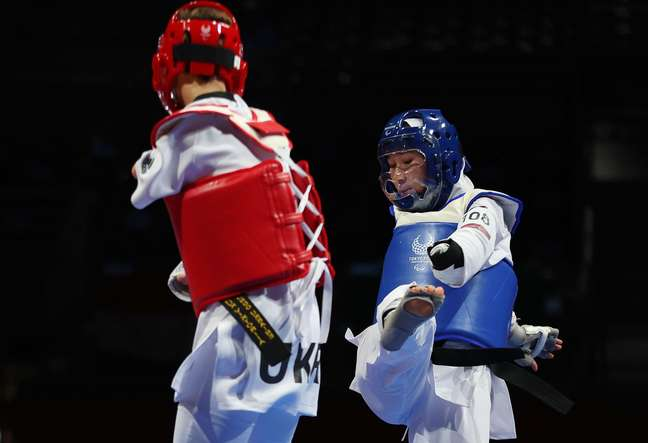 Zakia Khudadadi enfrenta Viktoriia Marchuk nas Paralimpíadas de Tóquio