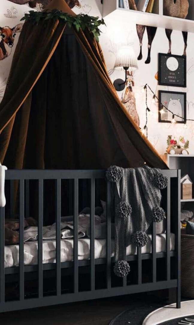 56. Quarto de bebê decorado com dossel para berço cinza – Foto: Decor Fácil