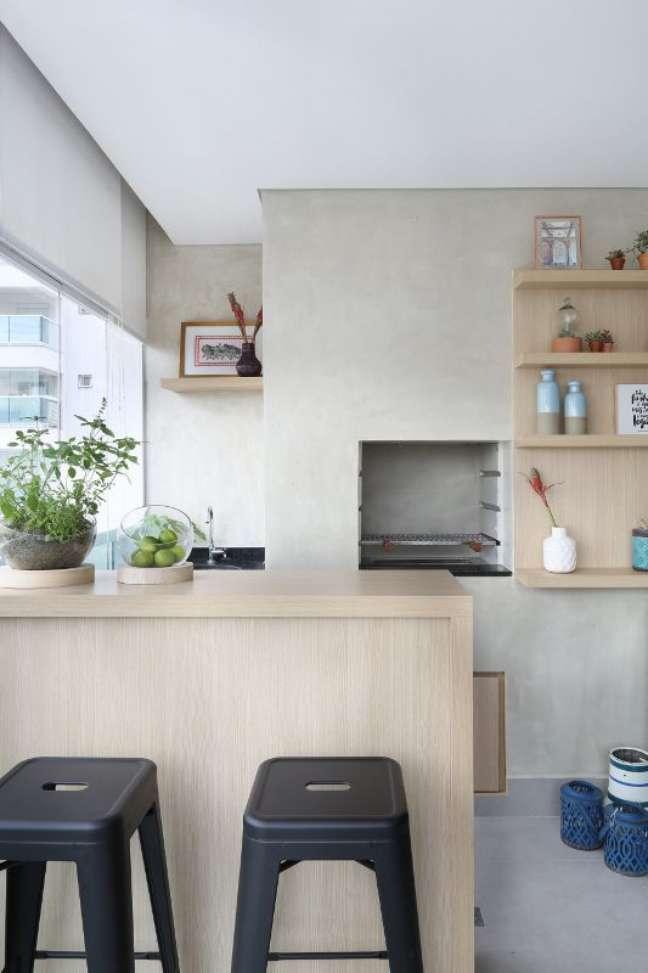 23. Churrasqueira pequena na decoração estilo industrial – Foto Bianchi e Lima Arquitetura