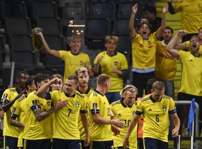 Suécia venceu a Espanha em casa (Foto: JONATHAN NACKSTRAND / AFP)