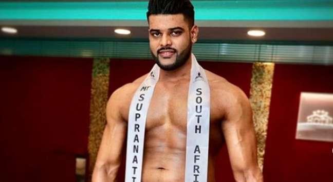 O Mister África do Sul Akshar Birbal: impulso o fez passar constrangimento na transmissão do concurso