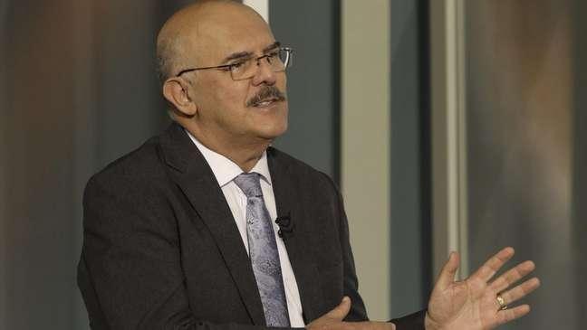 """Ministro da Educação, Milton Ribeiro, disse que presença dos alunos com deficiência """"atrapalha"""" os outros na sala"""