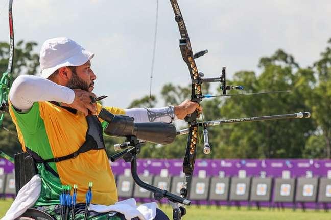 Heriberto Roca foi eliminado no tiro com arco nos Jogos Paralímpicos (Foto: Matsui Mikihito/CPB)