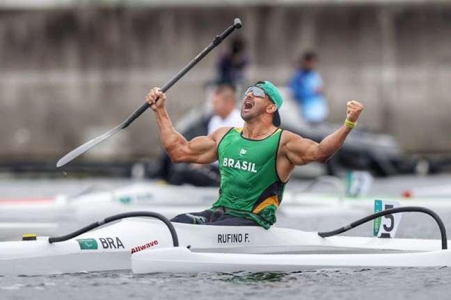 Fernando Rufino conquistou a medalha de ouro na canoagem nas Paralimpíadas (Foto: Miriam Jeske/CPB)
