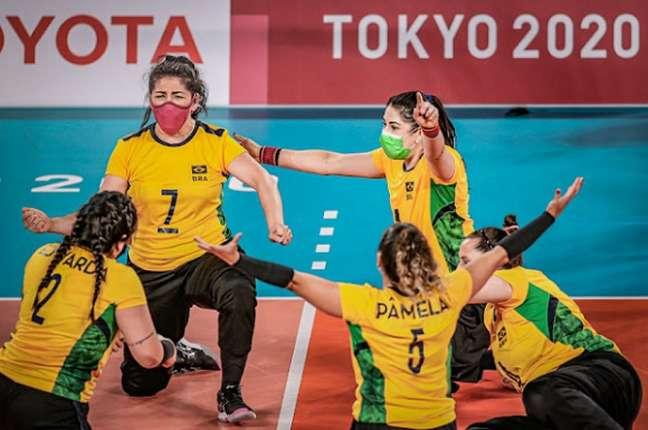 Seleção feminina de vôlei sentado conquista a medalha de bronze nas Paralimpíadas (Foto: Wander Roberto/CPB)