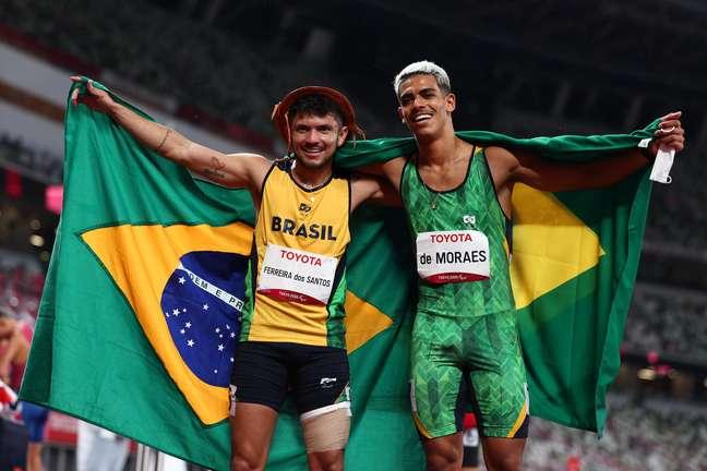 Thomas de Moraes e Petrúcio Ferreira são prata e bronze na Paralimpíada Marko Djurica Reuters