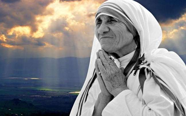 montagem com imagen da Madre Teresa de Calcutá -