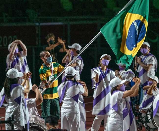 Daniel Dias na Cerimônia de Encerramento dos Jogos Paralímpicos de Tóquio Matsui Mikihito CPB