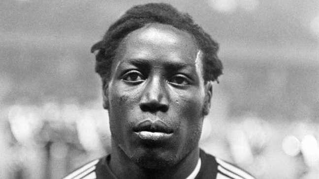 Jean-Pierre Adams atuou pelo PSG, Nice e Nimes(Foto: AFP)