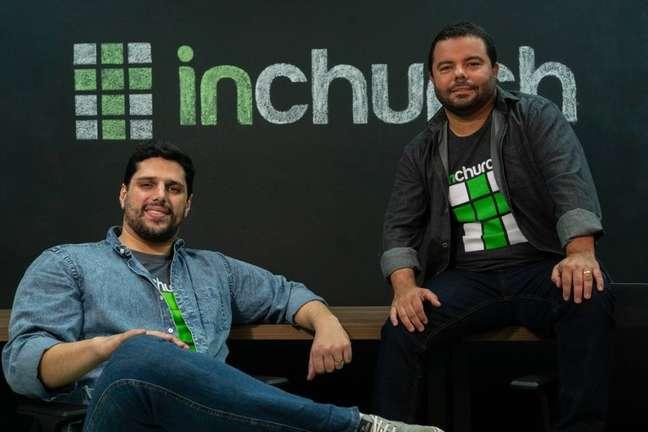inChurch desenvolveu app em que fiéis podem assistir aos cultos, ler a Bíblia e pagar o dízimo