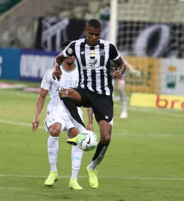 Cléber prolongou o seu contrato com o Vozão (Ceará/Felipe Santos)