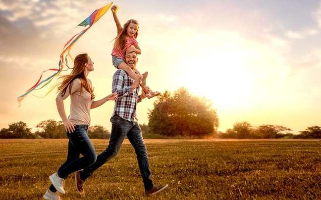 Aprenda a enxergar a vida com mais cor no presente para colher bons frutos no futuro - Shutterstock.