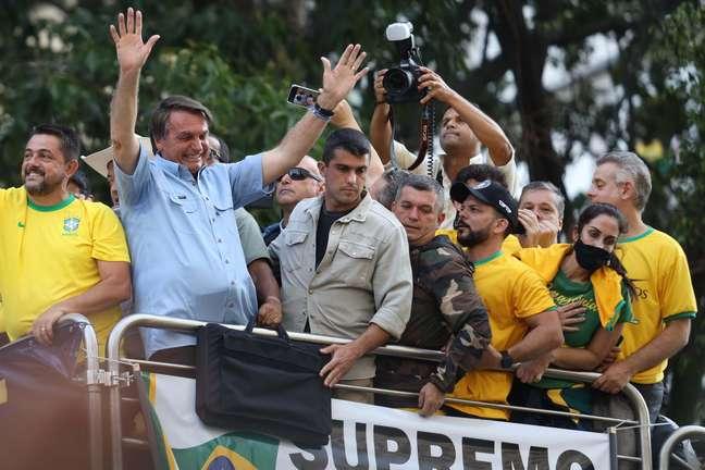 Jair Bolsonaro durante ato a favor do governo na Avenida Paulista, na cidade de São Paulo