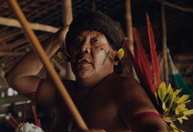 O xamã DaviKopenawa luta para preservar as tradições do povo Yanomami
