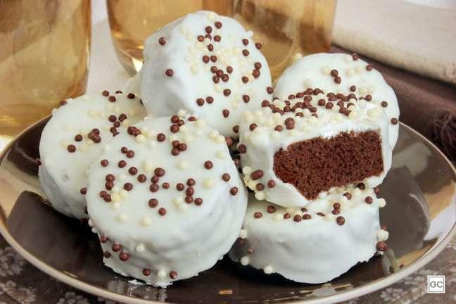 Guia da Cozinha - Pão de mel com chocolate branco