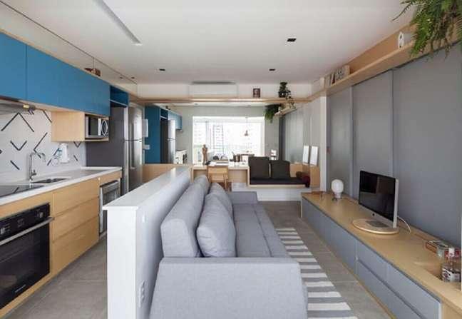 3. Escolha assentos baixos para a decoração de imóveis pequenos – Foto: Studio Bra