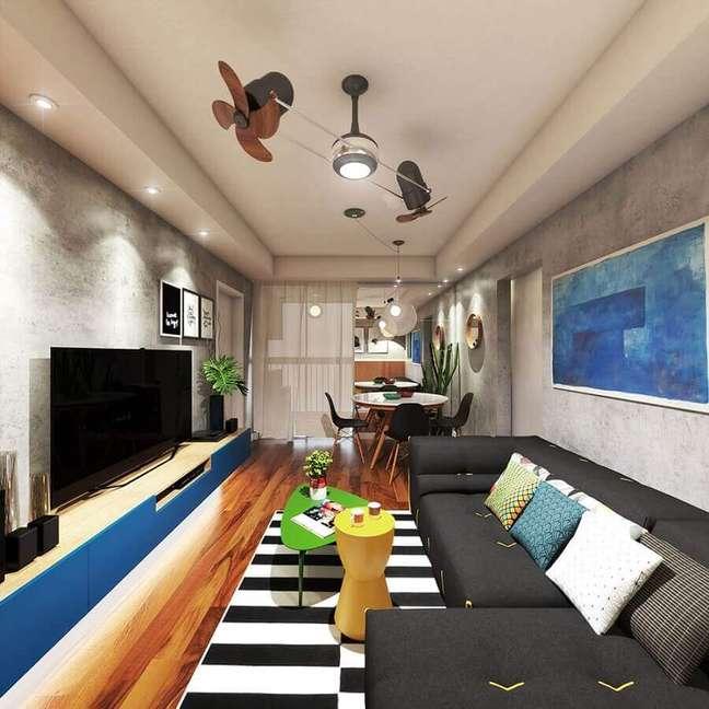 59. Tapete listrado para sala de estar e jantar integradas modernas decoradas com parede de cimento queimado – Foto: De Bernardi Arquitetura