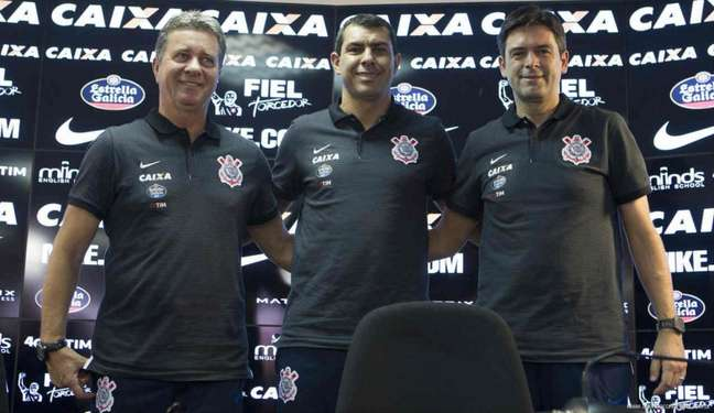 Walmir Cruz, Fábio Carille e Leandro Cuca vão trabalhar juntos no Santos (Foto: Daniel Augusto Jr)