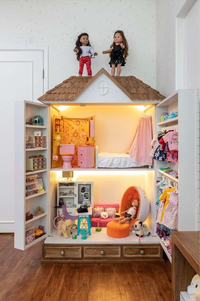 7. Casinha para a boneca americana American Girl. Projeto de Marta Calasans