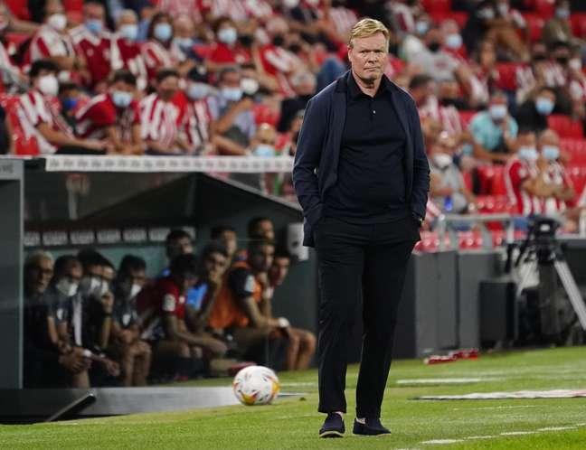 Ronald Koeman é o atual técnico do Barcelona