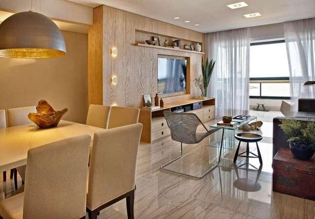 9. Cores neutras para decoração de sala de estar e jantar integrada – Foto: Tatiana Coutinho + Roberta Vilela