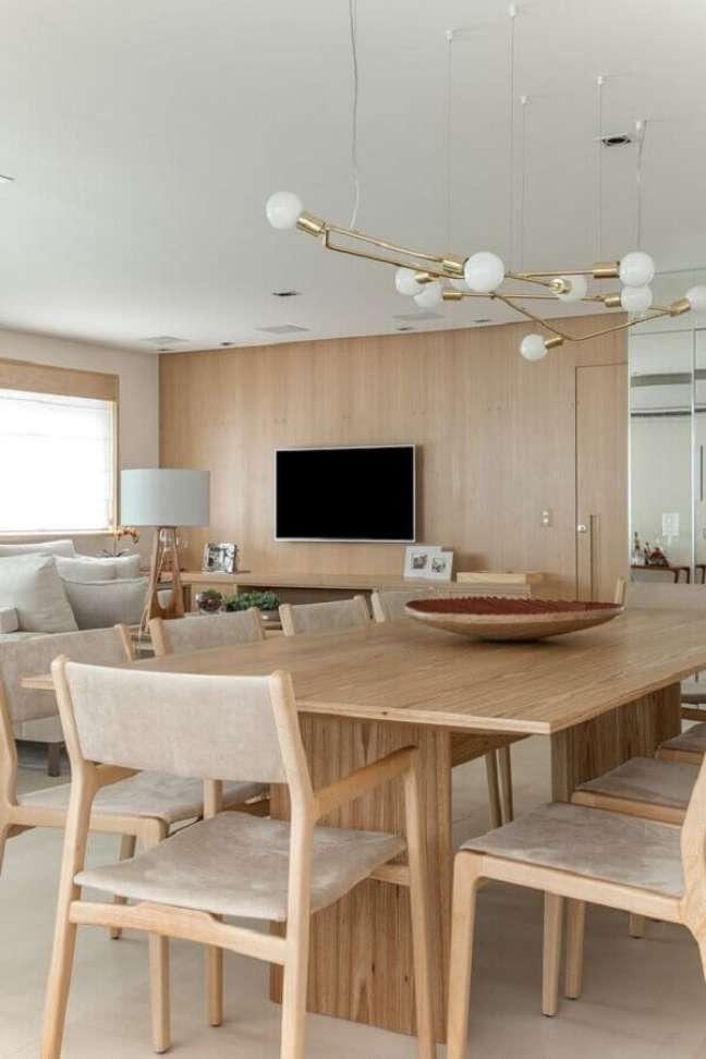 10. Cores neutras para decoração de sala de estar e jantar integrada moderna – Foto: D81 Design de Interiores e Arquitetura
