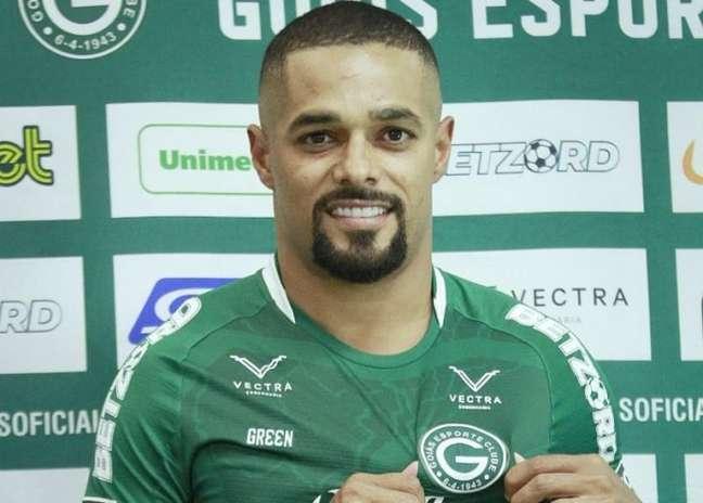 Atleta voltou ao Esmeraldino depois de 14 anos (Divulgação/Goiás)