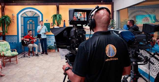 A TV Aparecida exibe forte conteúdo religioso para o telespectador católico