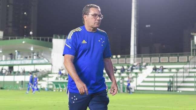 Vanderlei Luxemburgo fez o Cruzeiro melhorar, mas sem condições de voltar à Série A Gustavo Aleixo Cruzeiro