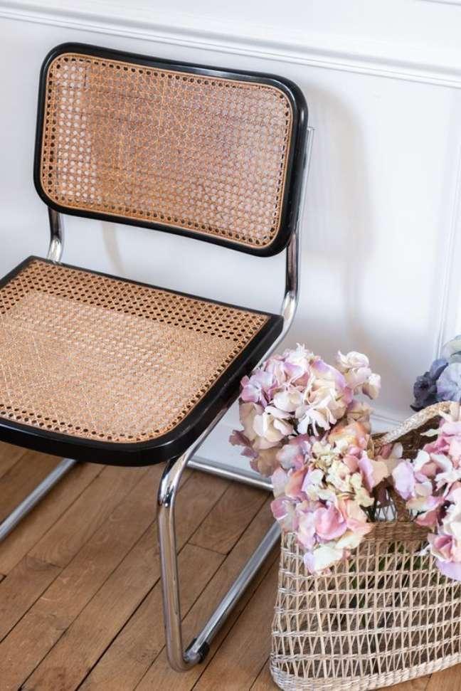 34. Cadeira cesca com palha na sala de jantar – Foto The Socialite Family