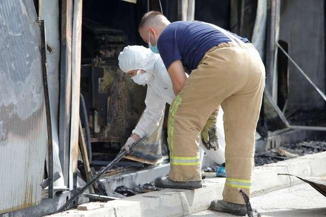 Incêndio em hospital de Covid-19 em Tetovo, na Macedônia do Norte 09/09/2021 REUTERS/Ognen Teofilovski