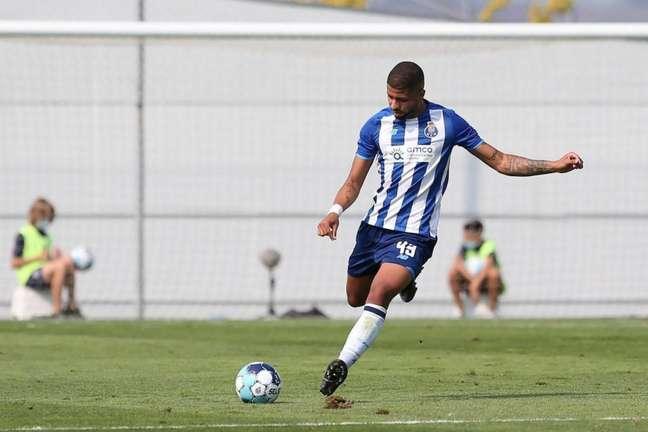 João Marcelo em ação pelo Porto B (Foto: Divulgação/PortoB)
