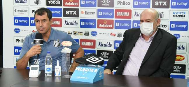 Fábio Carille durante entrevista coletiva de apresentação nesta quinta-feira no CT Rei Pelé Divulgação Santos